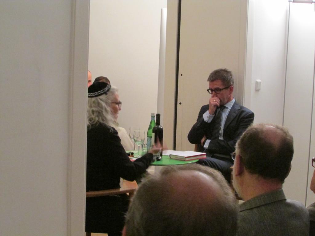 Dr. Elisa Klapheck und Dr. Rainer Hank im Salon Kufsteiner Strasse am 09.09.2015